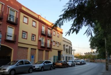 Venta de piso en Sevilla: Avenida de los palacios - Utrera (UR114).