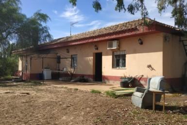 Venta de parcela en Sevilla: Urb. Los Adrianes – Utrera