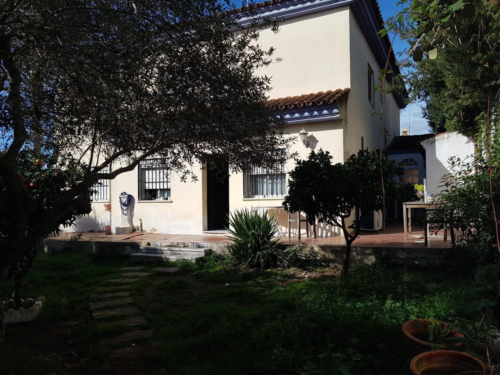 Chalet en Sevilla: Maestranza - Gelves (VL2900).