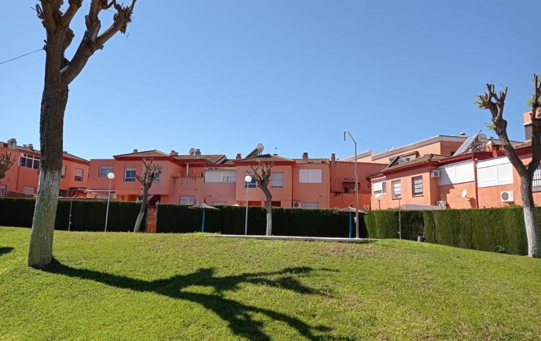 Venta de chalet en Sevilla: Residencial El Bosque – Montequinto