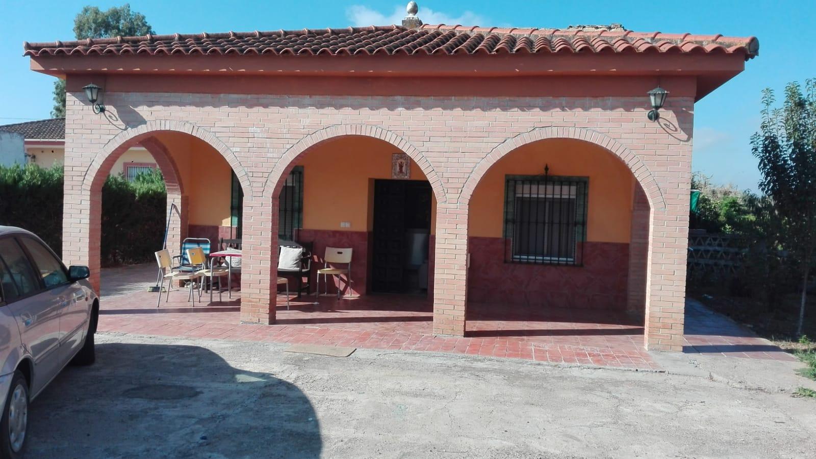 Parcela en venta en Tixe en Coria del río (AL750).