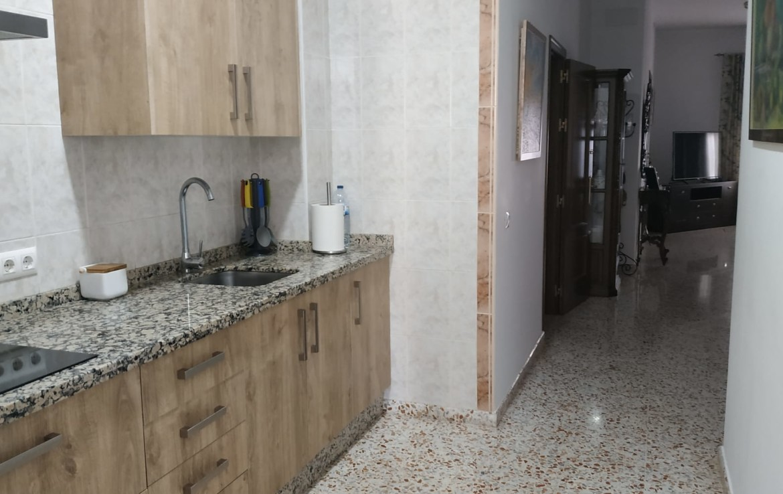 VENTA DE CASA EN SEVILLA: ZONA CERCANA AVD. DE UTRERA – LOS PALACIOS